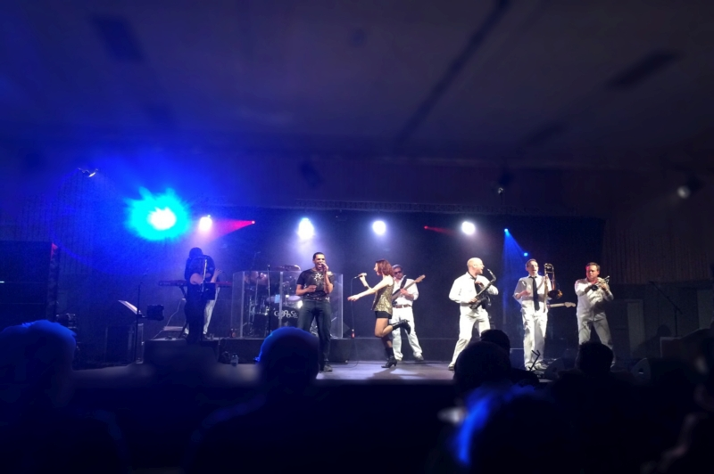 Coverband Caboose | 5-sterren hits & classics!
